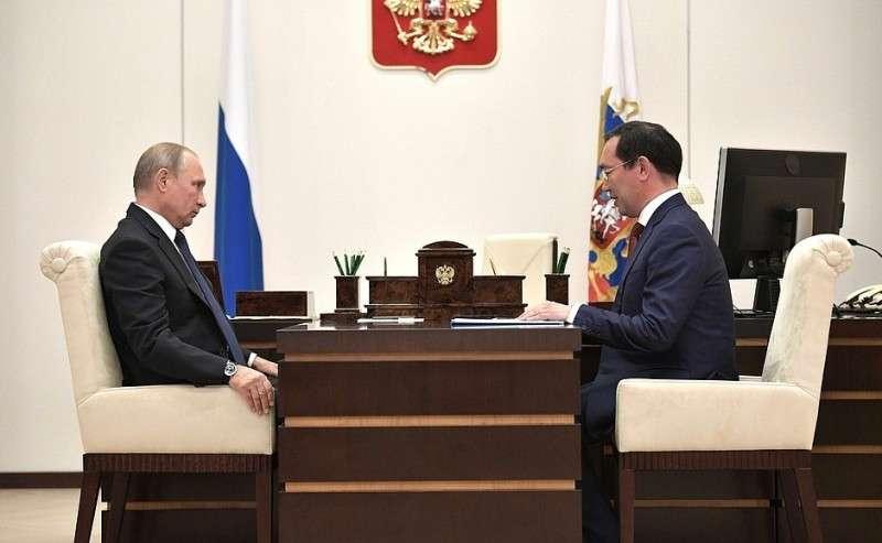 Владимир Путин провёл рабочую встречу сврио Главы Республики Саха Айсеном Николаевым