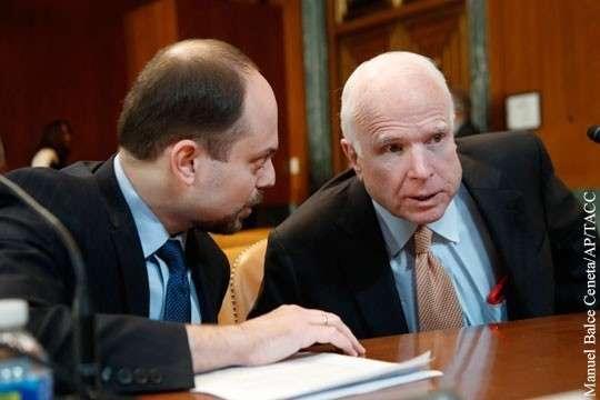 За какие заслуги русофоб Маккейн доверил свой гроб российскому либералу