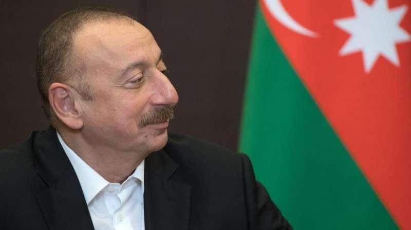 Азербайджан закупил у России оружие на $5 млрд и эта цифра будет расти и эта цифра будет расти