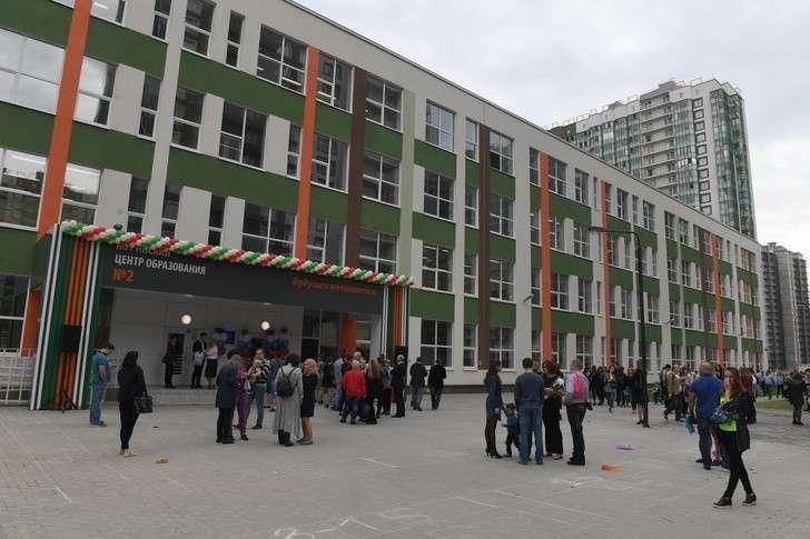В России к 1 сентябрю по всей стране открылись новые школы
