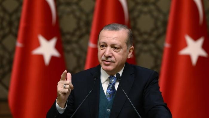 Эрдоган призвал покончить с мировым господством доллара США