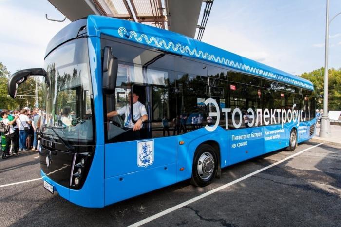 В Москве открыт первый в России маршрут электробусов
