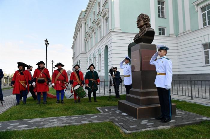 ВМурманске и Петрозаводске открыли новые корпуса военных училищ