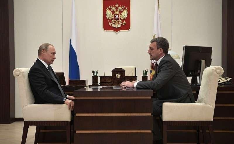 Свременно исполняющим обязанности губернатора Амурской области Василием Орловым.
