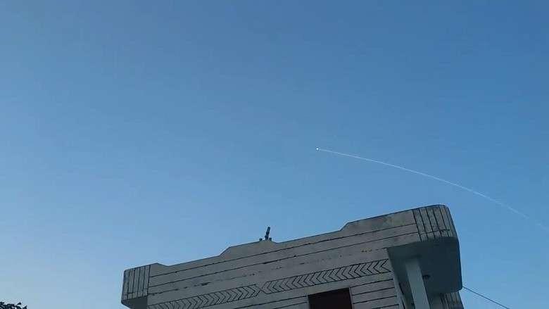 ПВО Сирии сбили несколько ракет, выпущенных израильскими террористами по провинции Хама