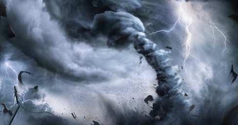 Смерч, гроза и потоп вКрыму: очевидцы из Феодосии публикуют жуткие кадры