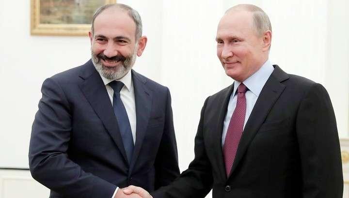 Владимир Путин и Никол Пашинян отметили динамичность развития двусторонних отношений