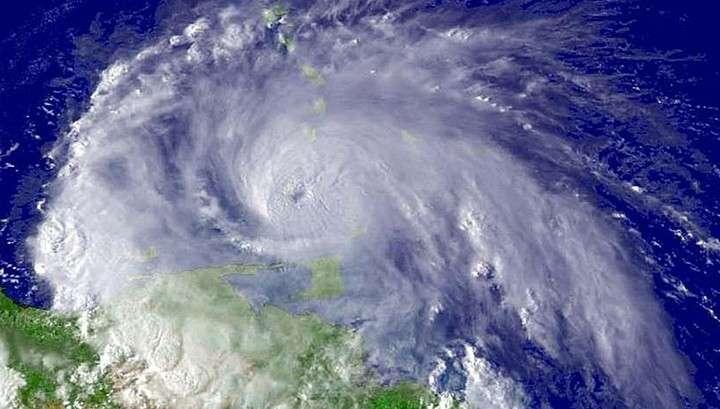Флоренс идёт. Миллионы американцев готовятся к удару самого мощного за 60 лет урагана