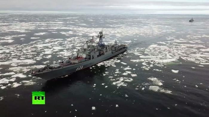 Корабли Северного флота прибыли в Чукотское море для участия в манёврах «Восток-2018»