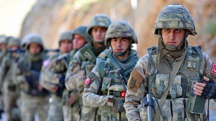 Турция стягивает новые войска на захваченную территорию Сирии
