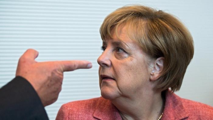 США открыто приказали Германии присоединится к нанесению удара по Сирии