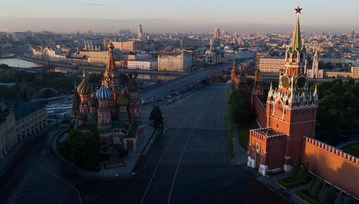 Вездесущий Путин отключил мобильник русофобу-кремленологу. Пару слов о паранойи