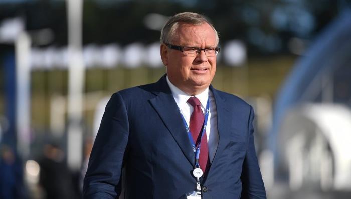Глава ВТБ озвучил план из четырех пунктов по отказу от доллара