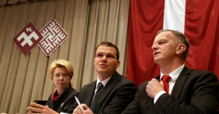 Прибалтийские махровые нацисты русофобы зажигают