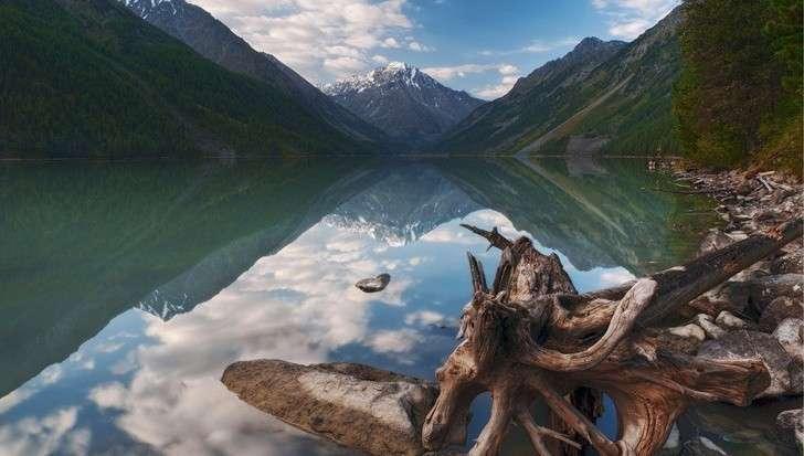 Десять самых красивых испокойных мест России для туризма