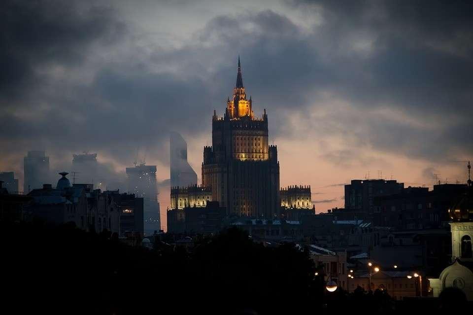 Из-за сбитого евреями Ил-20 в МИД России вызвали временную поверенную в делах Израиля