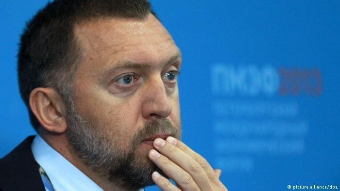 Как олигархи получают зарплату в Кремле