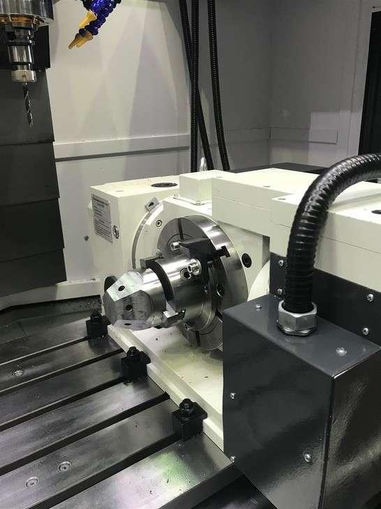 Тестовая обработка в наклонно-поворотном столе с ЧПУ