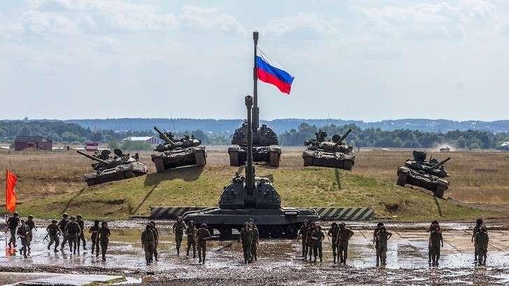ВЮВО поступило 450 единиц нового вооружения итехники