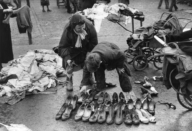 Фото жизни Великобритании и Франции в 60-е годы. Фото не для глянцевых журналов