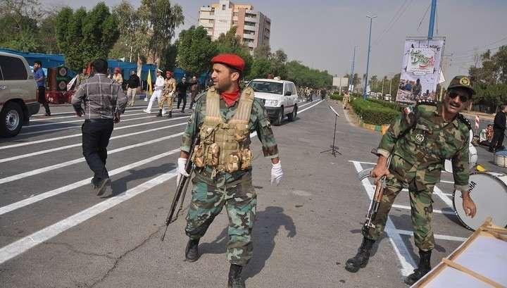 В расстреле на иранском параде подозревают