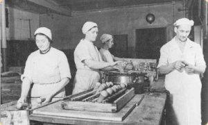 В Ленинграде кондитерская фабрика работала всю войну без перерывов