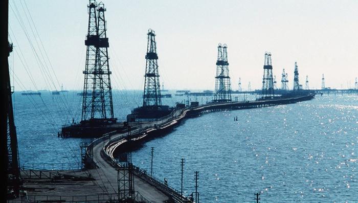 Нефть на максимуме с ноября 2014 года