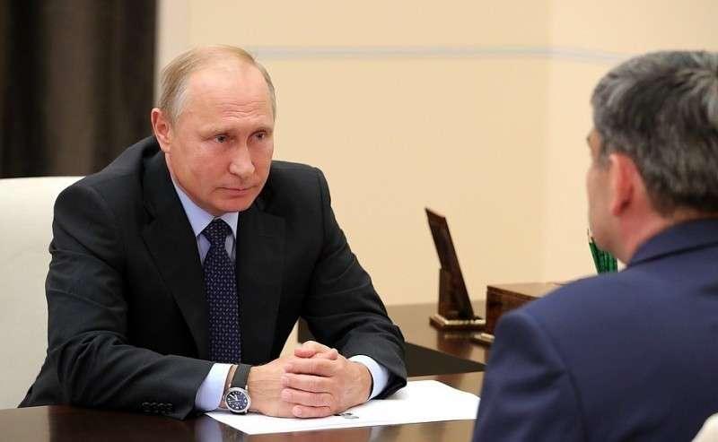 Входе рабочей встречи сКазбеком Коковым.