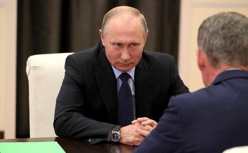 Рабочая встреча сОлегом Кожемяко. Президент подписал Указ оназначении О.Кожемяко исполняющим обязанности губернатора Приморского края.