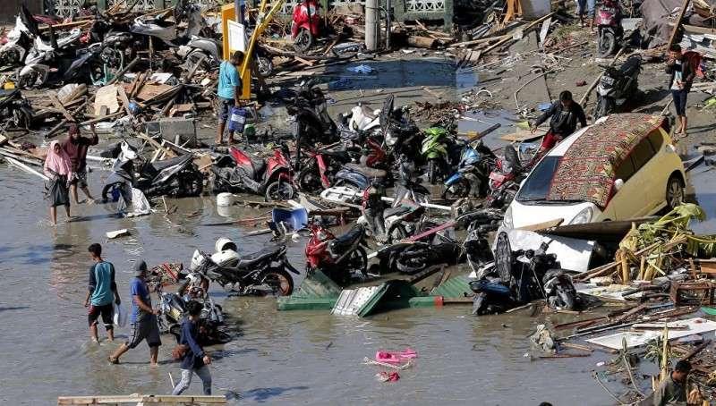 Индонезия. Землетрясения и цунами унесло жизни 800 человек