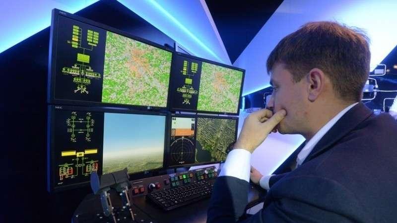 Электромагнитное оружие начали испытывать в России