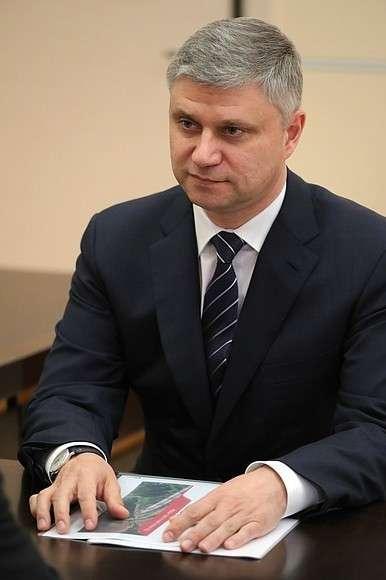 Генеральный директор– председатель правления ОАО «Российские железные дороги» Олег Белозёров.