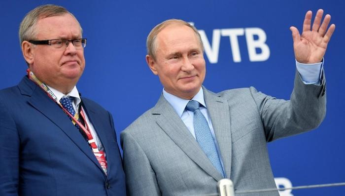 Владимир Путин поддержал дедолларизацию экономики России