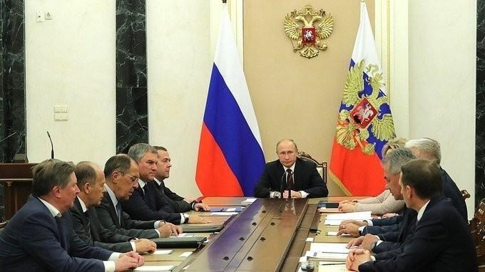 Сергей Шойгу доложил Владимиру Путину и Совбезу о поставке С-300 в Сирию