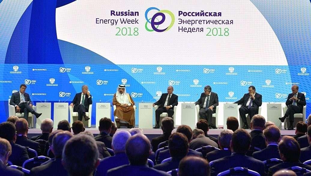 Владимир Путин рассказал, почему Россия очень сдержанно отвечает на санкции