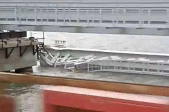 Крымский Мост. Обрушения железнодорожного пролёта