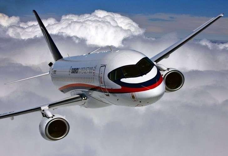 ПравительствоРФ выделило 9,8 миллиарда рублей назакупки SSJ100 для региональных авиаперевозок