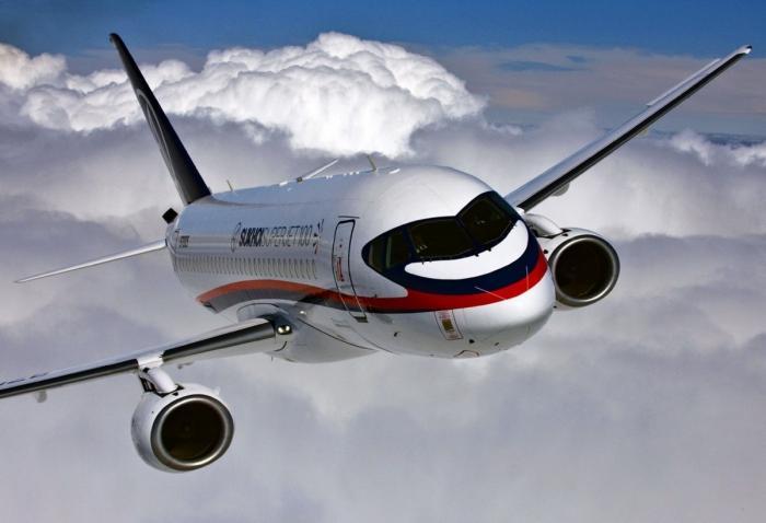 Правительство РФ выделило 9,8 млрд рублей на закупки SSJ100 для региональных авиалиний