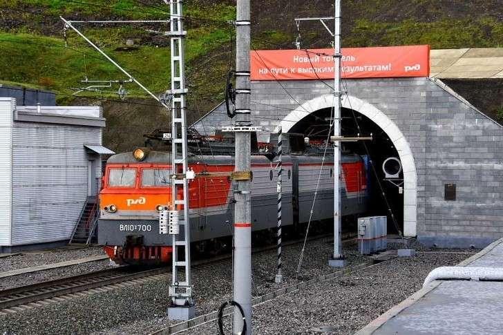 Новый железнодорожный тоннель запущен впостоянную эксплуатацию вКемеровской области