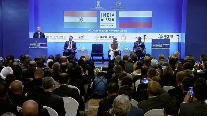 Владимир Путин и Нарендра Моди приняли участие в российско-индийском деловом форуме