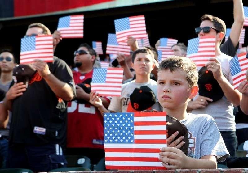 Расизм в США превратил белое население в незащищенное большинство