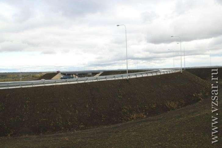 ВСаратовской области отремонтировано свыше 40 кмтрассы А-298.Ход стройки дороги кновому аэропорту