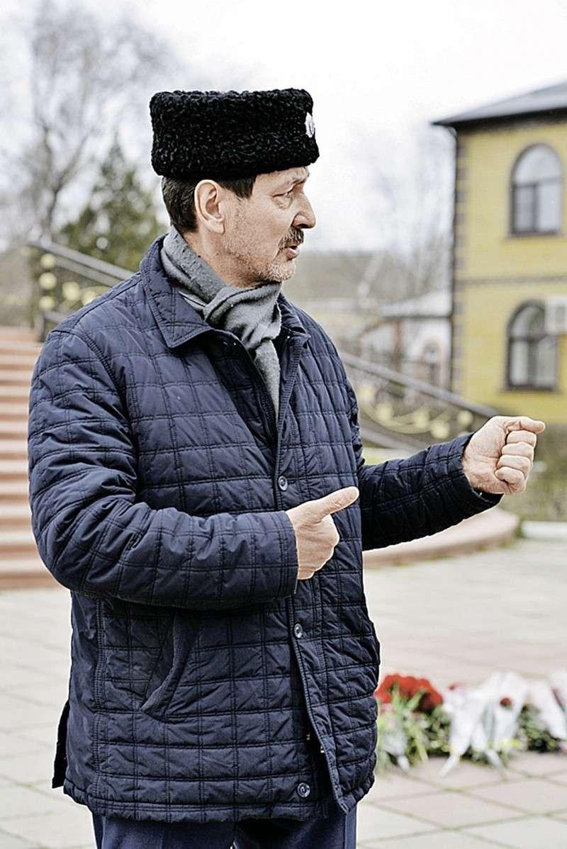 Кизлярский казак Сергей Пресняков защищал свой храм голыми руками. Фото: Дмитрий СТЕШИН