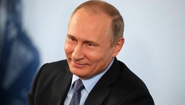 Владимира Путина с днем рождения поздравили мировые лидеры