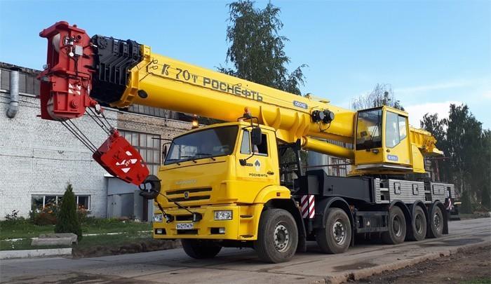 Галичский автокрановый завод наладил выпуск 70-тонных автокранов «Галичанин» КС-75721-1