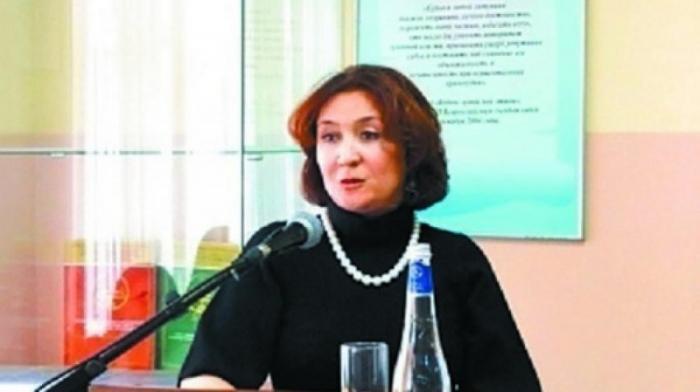 У судьи Хахалевой нет юридического образования. Доказательства этого переданы в СК РФ
