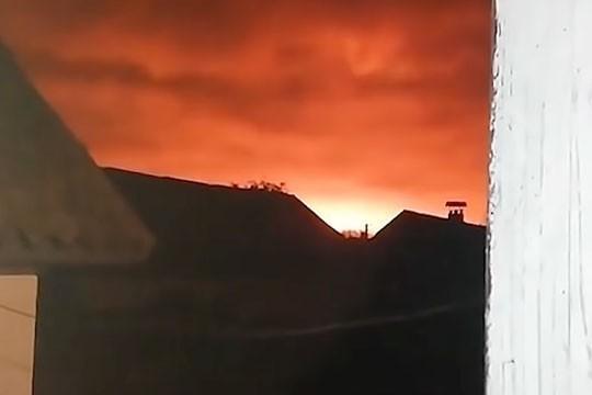 Взрыв боеприпасов под Черниговом. Снаряды рвутся послабее чем в Балаклее
