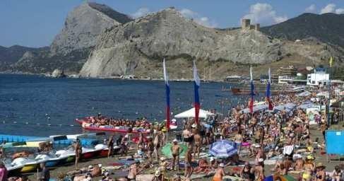 Крым в 2018 году принял рекордное число туристов за последние 27 лет