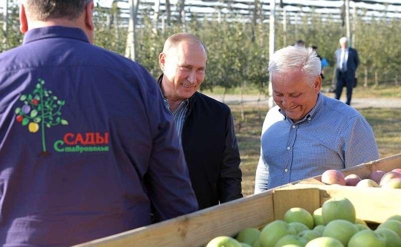 Сучредителем сельскохозяйственного предприятия «Рассвет» Маратом Галеевым.