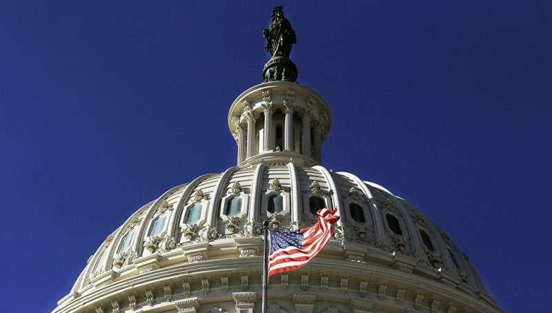 Сенат США принуждает Европу в отказе от энергоресурсов из России